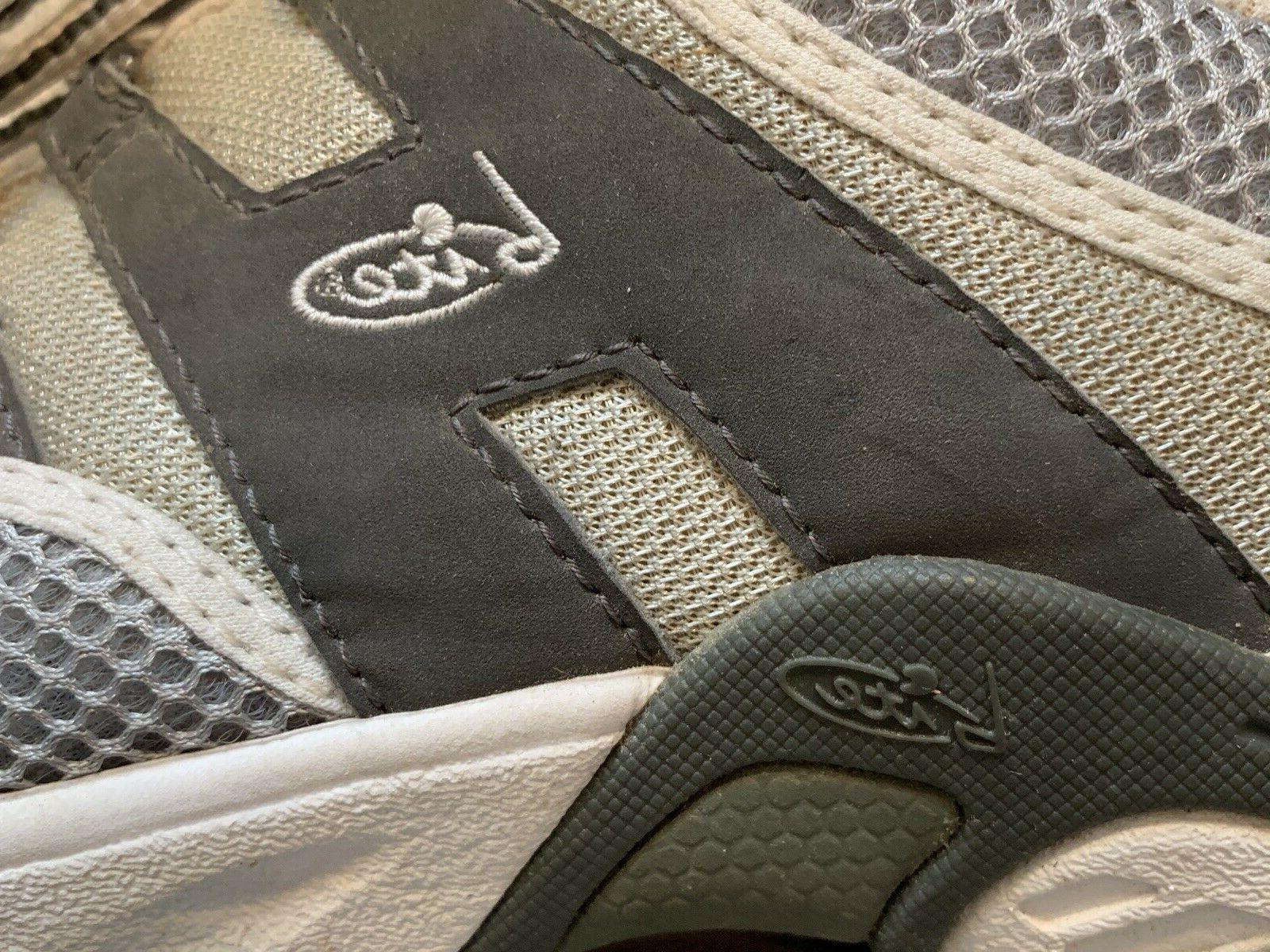 Mens Shoe 10.5 Gray White Sneaker Style 697Z