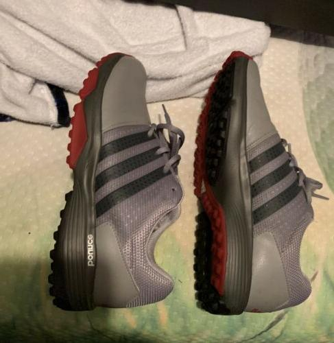 New Men's Adidas Traxion Spikeless Golf Shoes- 9