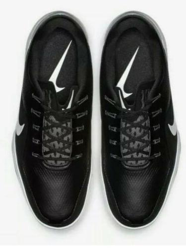 Nike 2 golf shoes / White