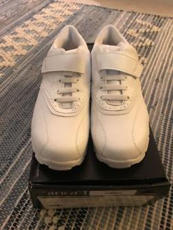 NIB ETONIC Women's Golf Shoes Size 9m Golf Clubs